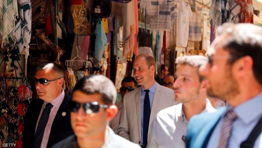 الأمير يتجول في مدينة القدس القديمة