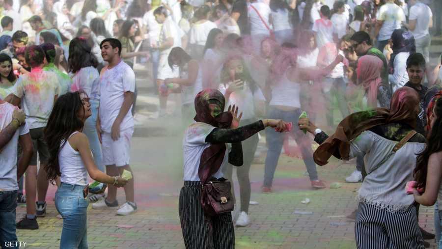 فكرة المهرجان مأخوذة من مهرجات في الهند ونيبال وشرق آسيا