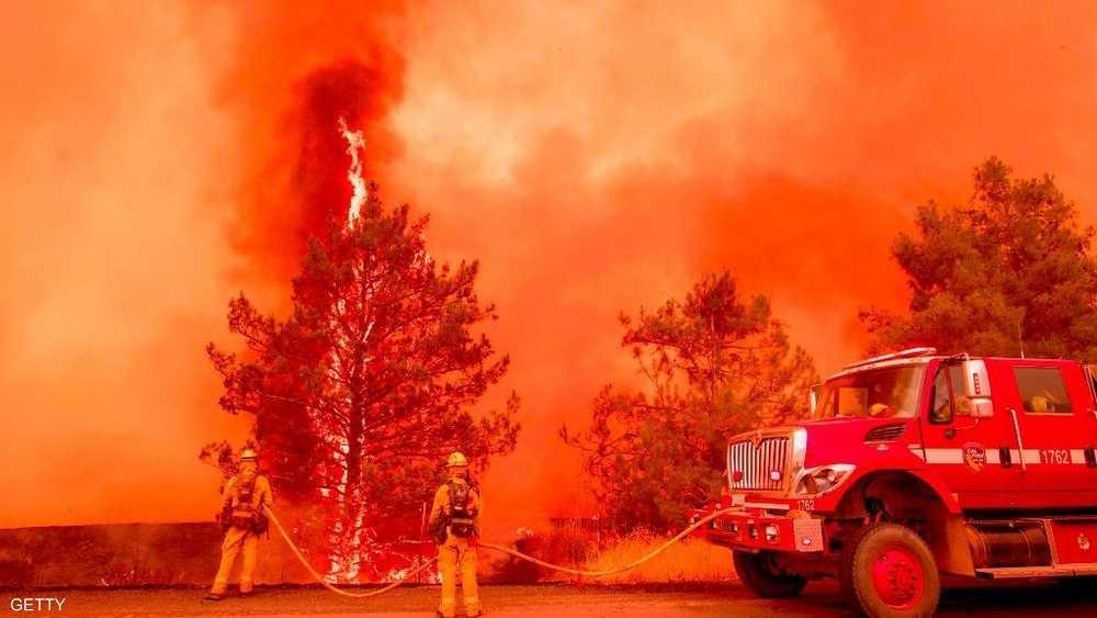 بمقاطعة سان خواكين، اشتعلت النيران على امتداد 5 آلاف هكتار