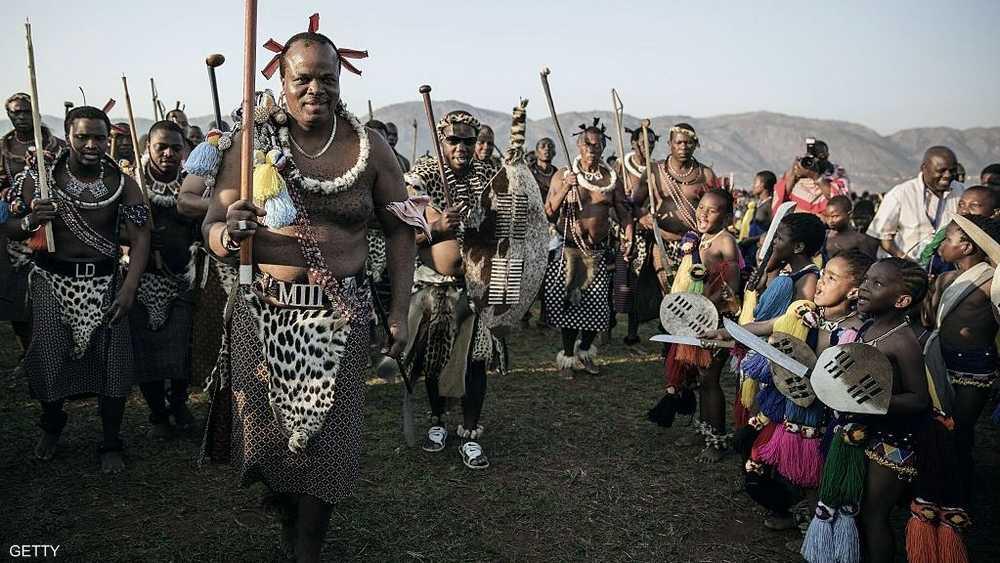 مللك سوازيلاند في ملابس تقليدية