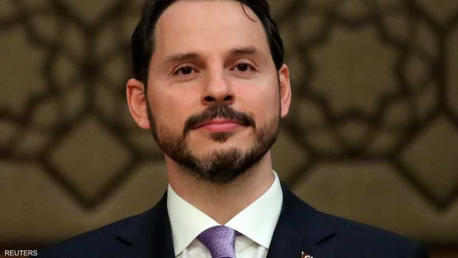 وزير المالية التركي براءت البيرق