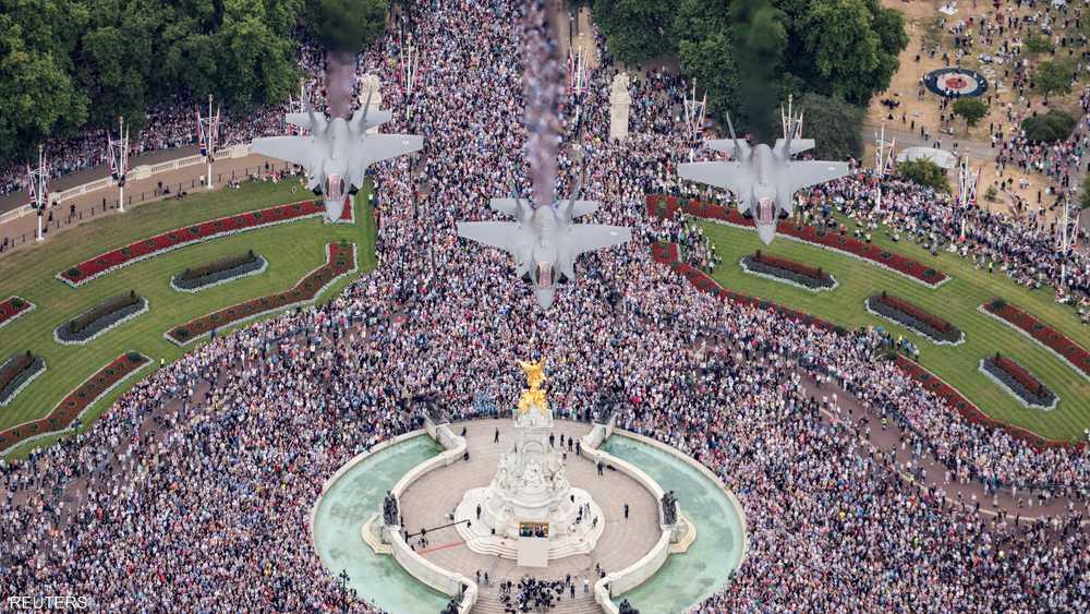 عدد الحاضرين في الاحتفالات قدّر بـ70 ألف