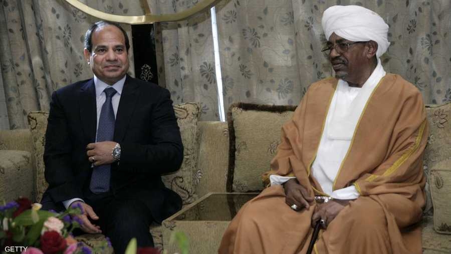 """الرئيس المصري عبد الفتاح السيسي ونظيره السوداني """"أرشيف"""""""