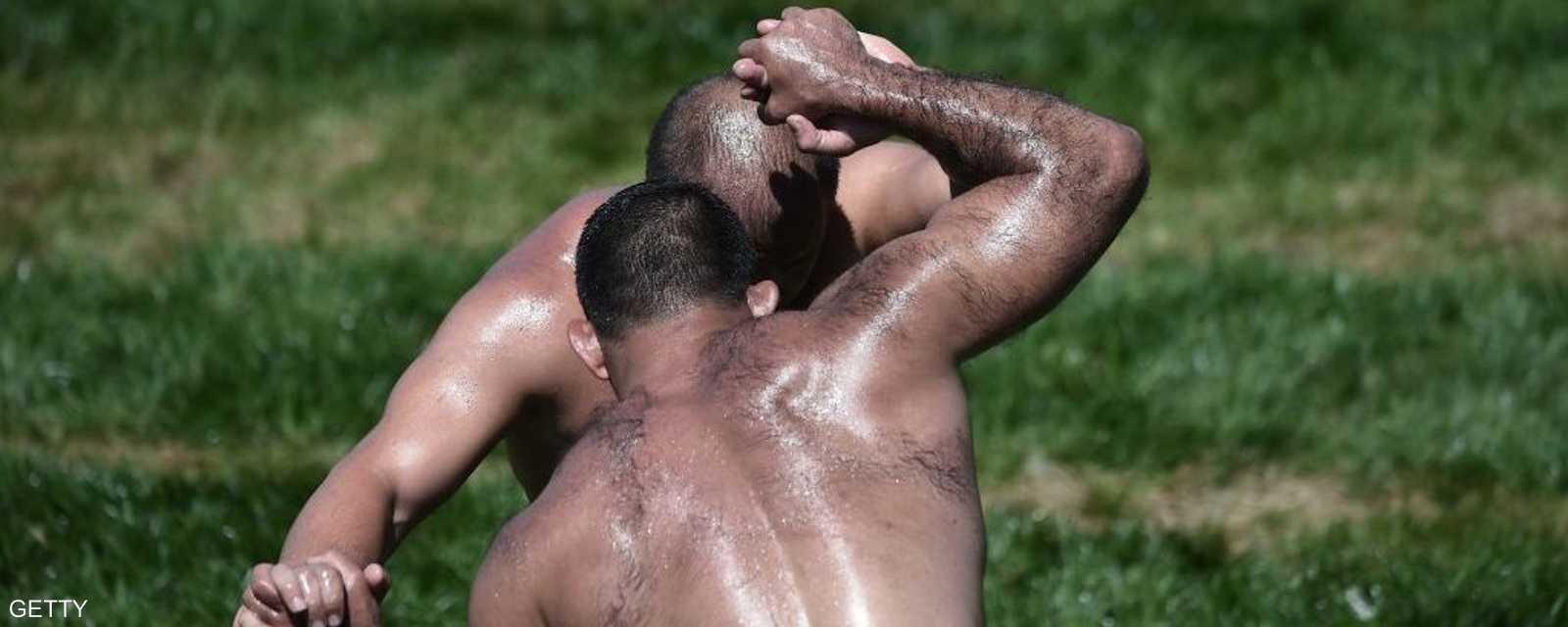 يمارس الأتراك هذه الرياضة منذ ما يقارب السبعة قرون