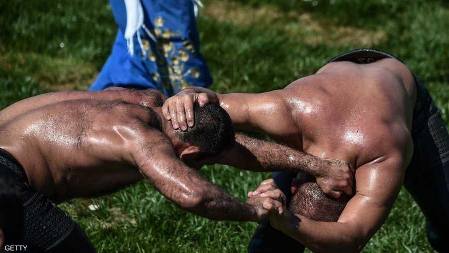 تقام مهرجانات سنوية للرياضة في مناطق متعددة من تركيا