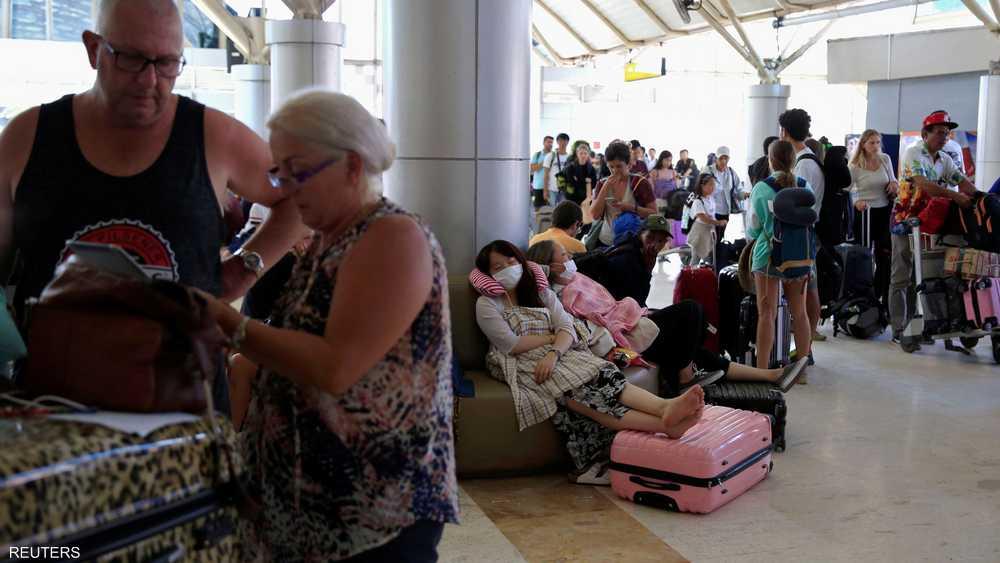 وأدى إلى اكتظاظ مطار لومبوك بالمسافرين