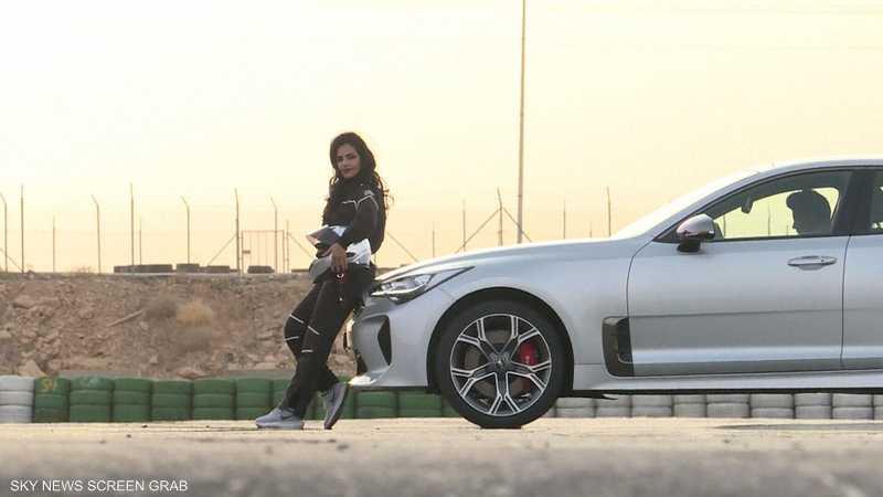 سعوديات يطمحن للمشاركة في سباقات السيارات