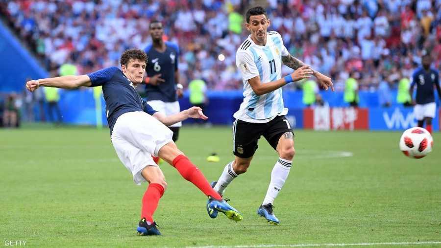 """الفرنسي بافار وتسديدة """"على الطائر"""" بمرمى الأرجنتين في روسيا"""