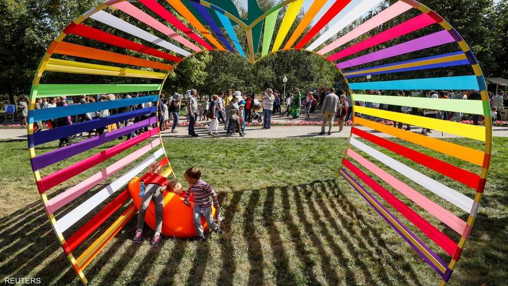 لوحات فنية خلابة خلال أيام المهرجان