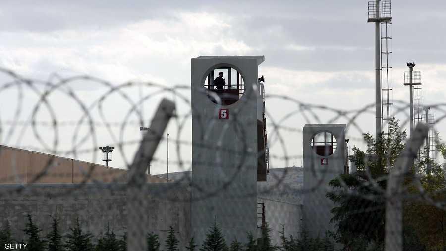 في تركيا 384 سجنا ومركز توقيف