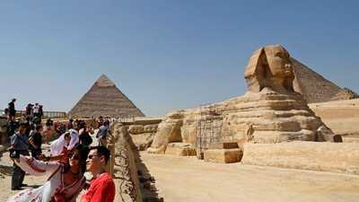 وثيقة: مصر تريد 12 مليون سائح.. و127 مليون ليلة