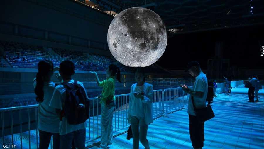 يتخوف البعض من تأثير ضوء القمر الصناعي سلبا على الحيوانات