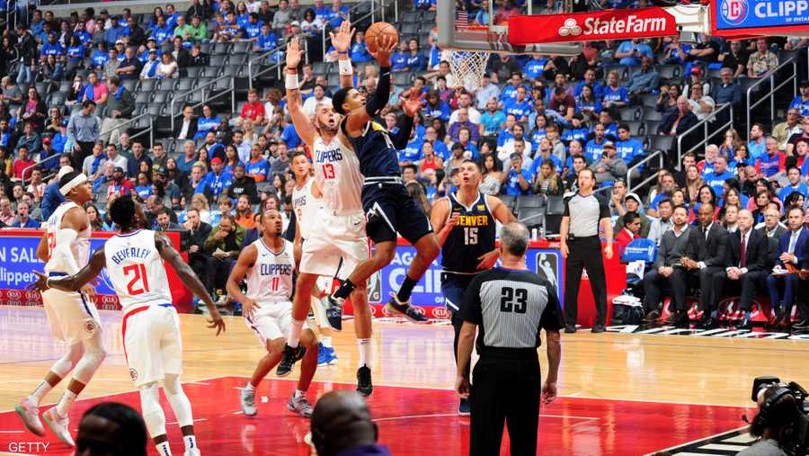 صراع في كل دقيقة بين نجوم كرة السلة