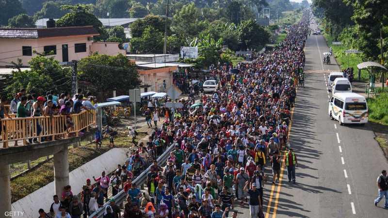 قافلة المهاجرين ضمت 3 آلاف شخص.