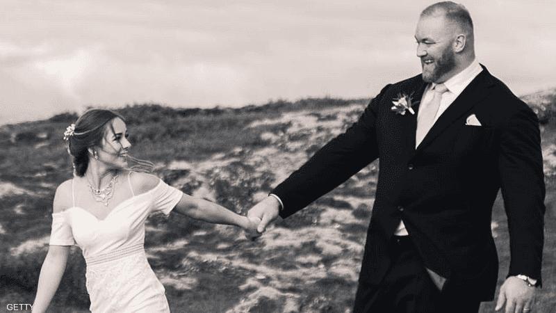 الزوجان التقيا أول مرة في كندا