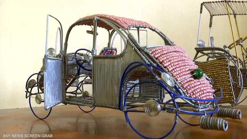 أردني يحول الأسلاك لنماذج معقدة للسيارات