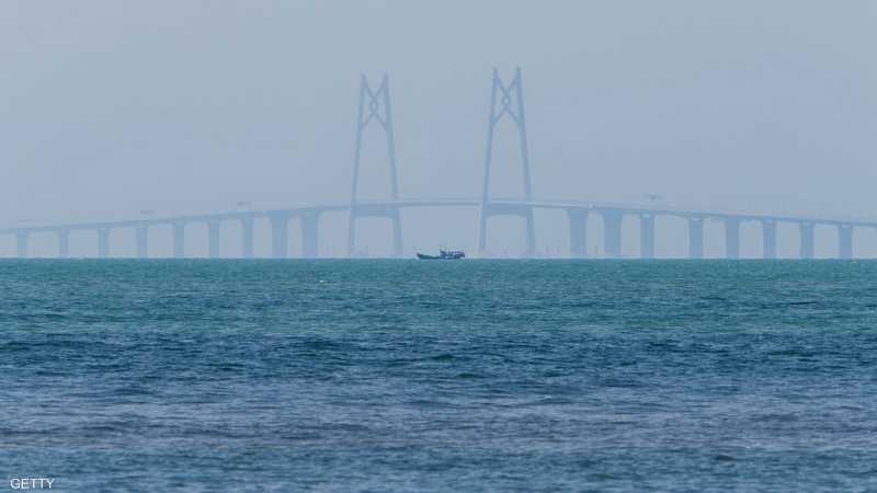 افتتاح أكبر جسر بحري في العالم يوم الثلاثاء