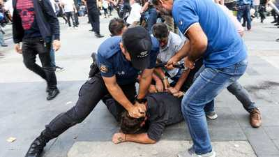 تركيا تعتقل مواطنا سويديا بذريعة الإرهاب