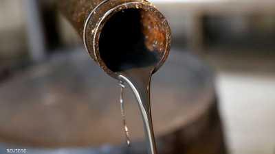 النفط ينخفض بنحو 5 بالمائة