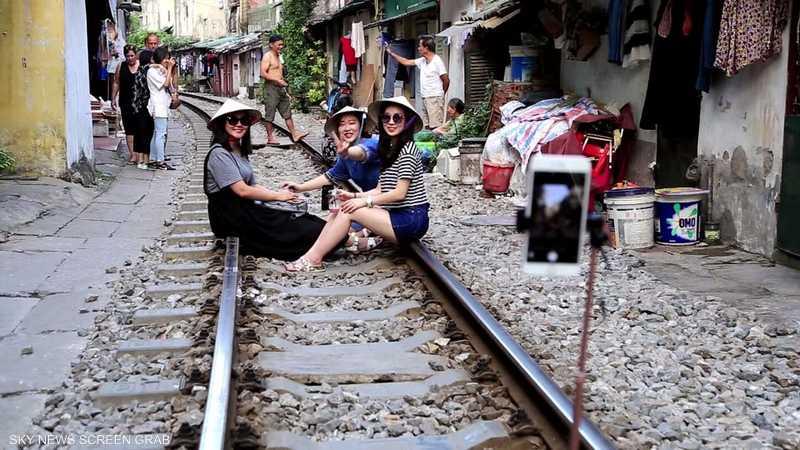سكة حديدية تجذب السياح في فيتنام