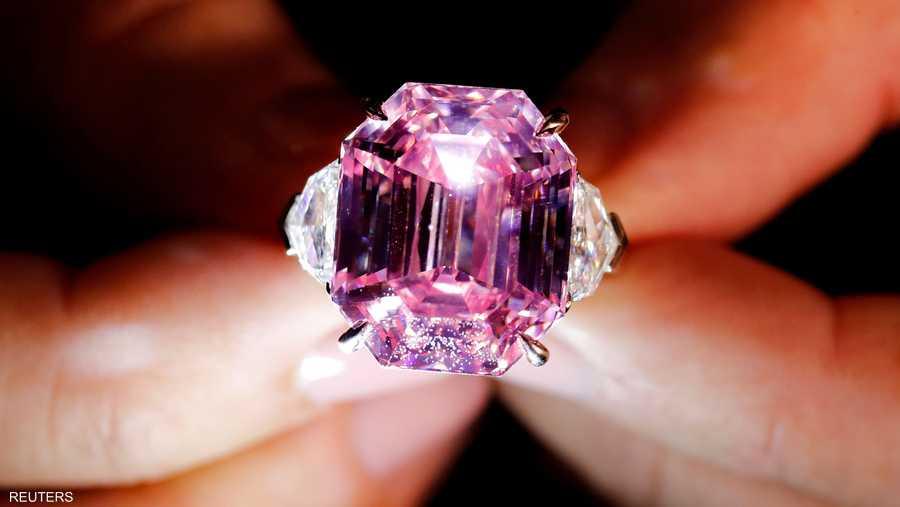 اشترت الماسة شركة هاري وينستون الشهيرة للمجوهرات.