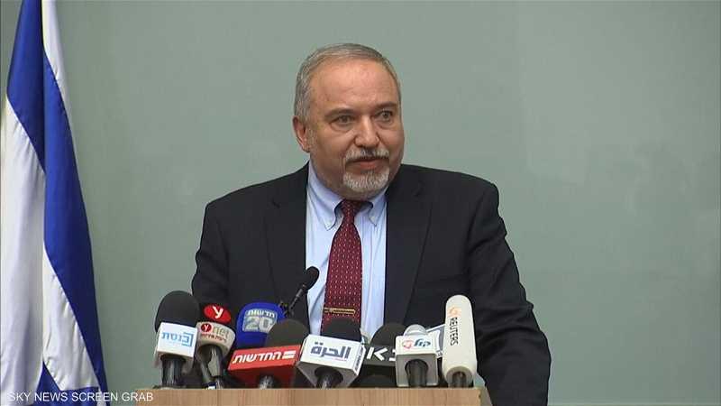 ليبرمان يستقيل احتجاجا على التهدئة في غزة