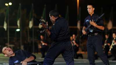 صورة أرشيفية لعناصر من الشرطة الجزائرية