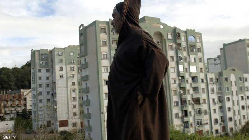 معاناة في الشارع الجزائري جراء الأزمة الاقتصادية