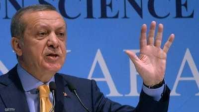 أقالت السلطات التركية آلاف الأكاديميين بتهمة الارتباط بغولن