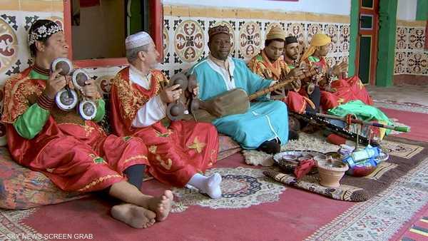 كناوة.. موسيقى الروح الأفريقية