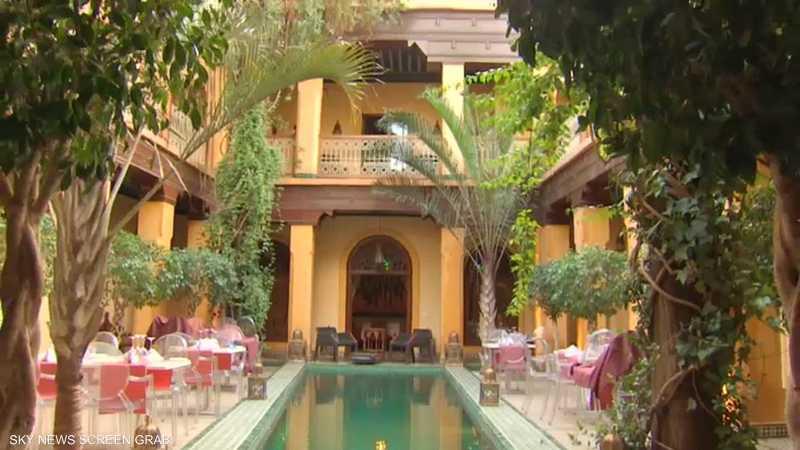 في مراكش.. الرياض أفضل من الفنادق