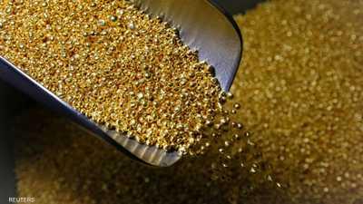 الذهب يسجل أكبر صعود شهري وسط تراجع الدولار