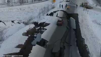 زلزال يهز أكبر مدن ألاسكا