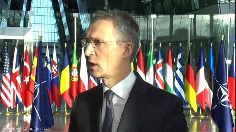 الناتو يدعم محادثات السلام بين كابل وطالبان