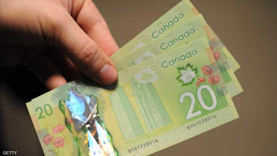 كندا تستخدم العملة البلاستيكية