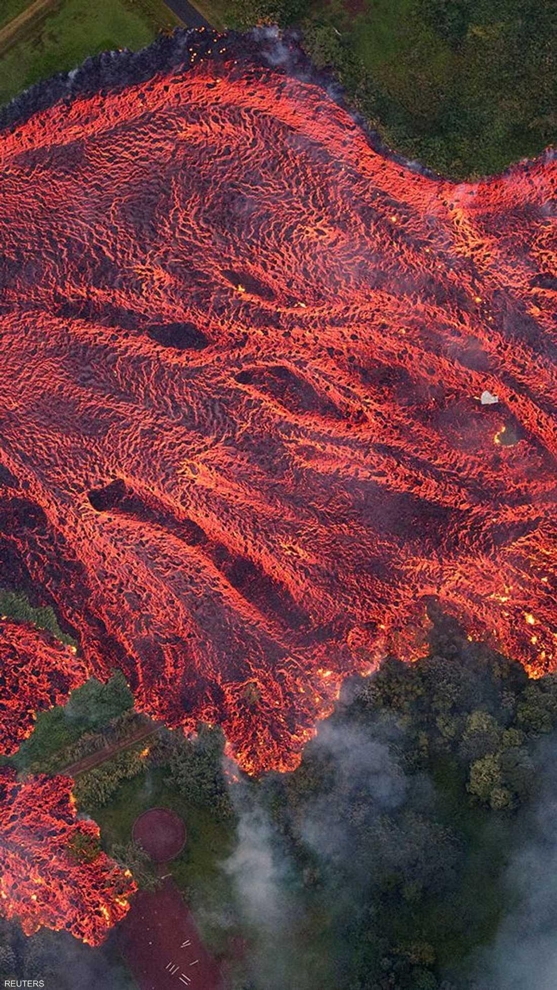 سيول النار تجتاح قرية في هاواي الأميركية