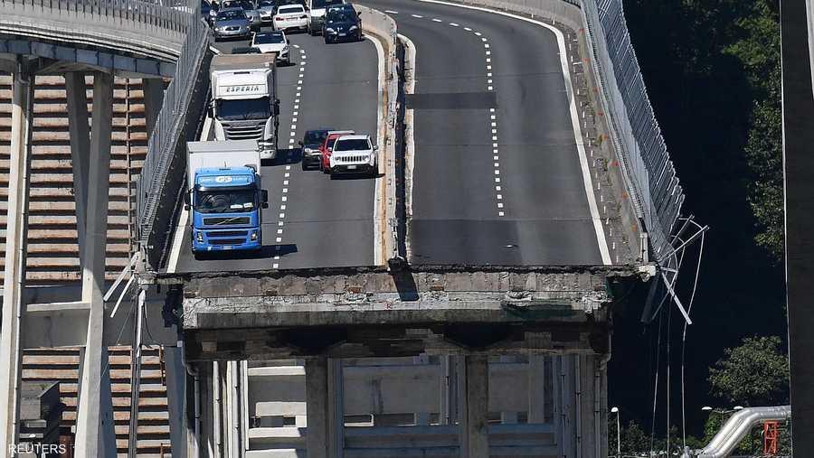 """صورة """"مرعبة"""" لجسر جنوى الذي انهار وقتل العشرات"""