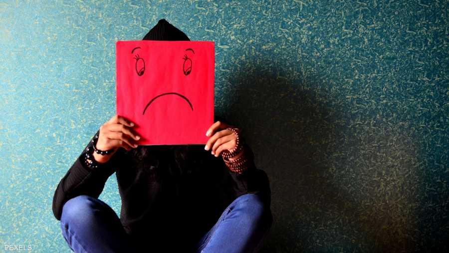 مسببات الاكتئاب والفرق بينه وبين الحزم العابر