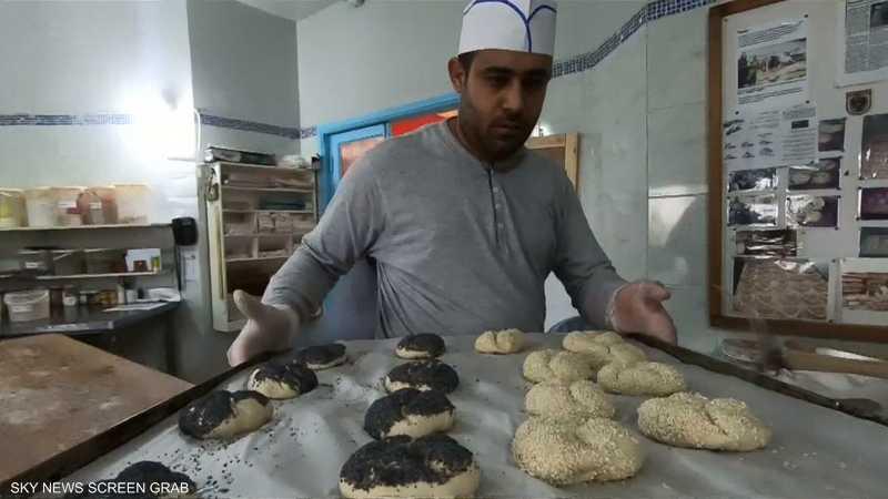 لبنانيون من أصحاب الهمم يتقنون الخبز الألماني