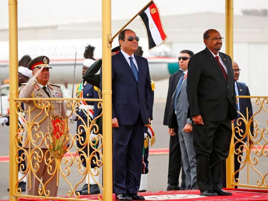 صورة من لقاء الرئيسين في الخرطوم في 25 أكتوبر الماضي