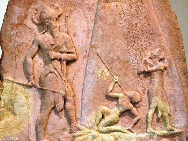 خلد الملك الأكادي نرام سن فتوحاته هذه في مسلة كبيرة من الحجر