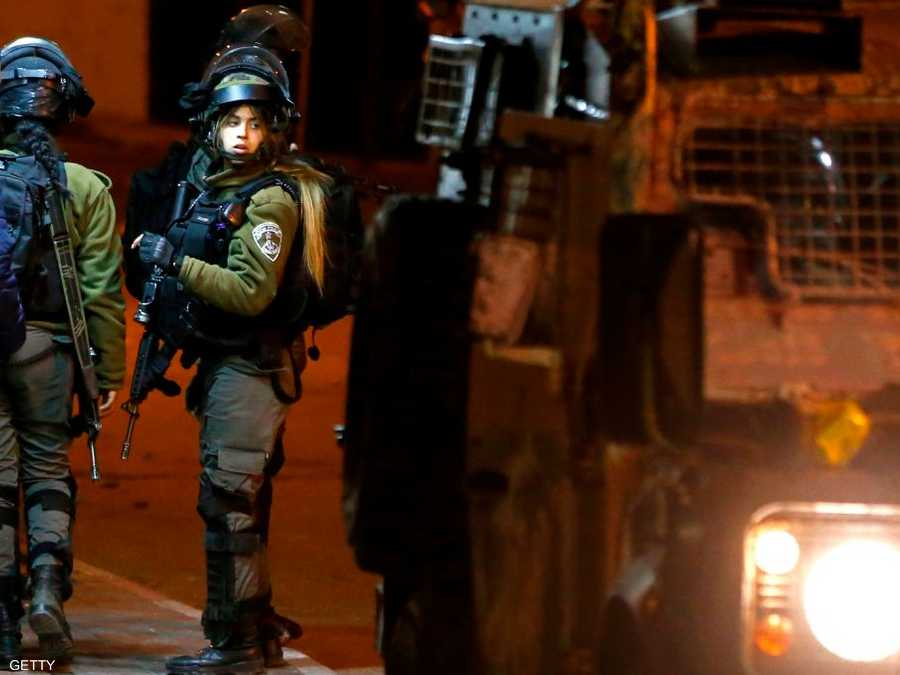 192721f992713 إسرائيل تعتقل فلسطينيا مشتبها فيه بقتل جنديين