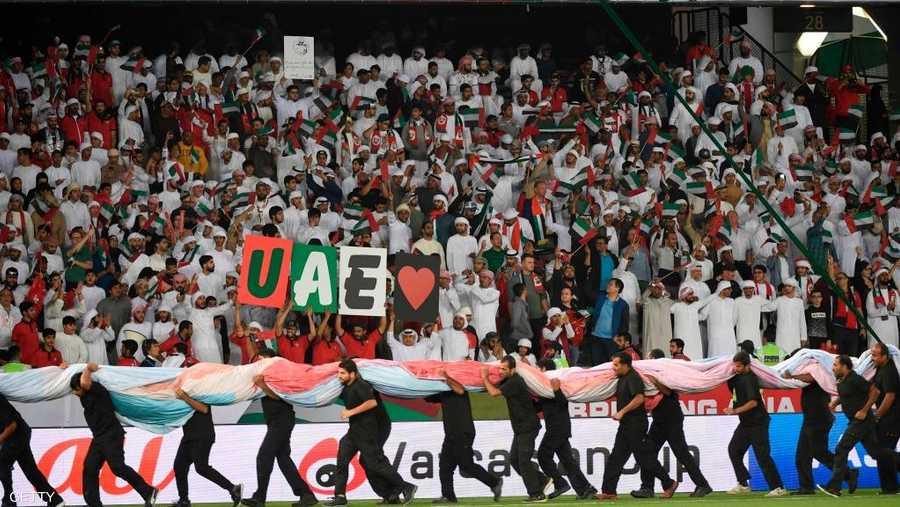 انتهت المباراة الافتتاحية للبطولة الآسيوية بالتعادل، هدف في كل شبكة، بين منتخب الإمارات ونظيره البحريني. وتلتقي الإمارات في مباراتها التالية مع الهند، بينما تلعب البحرين ضد تايلاند.