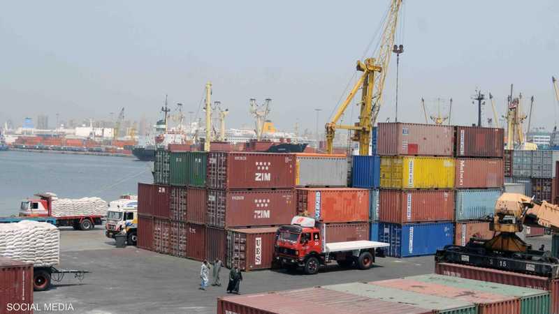 مصر تفتح ميناءين من 7 مغلقة