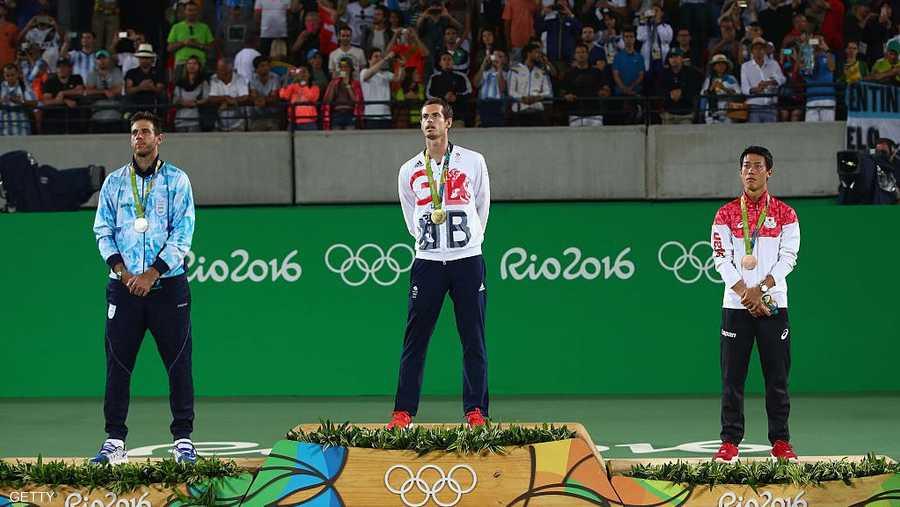 أحرز البريطاني خلال مشواره الاحترافي الميدالية الذهبية في بطولات الألعاب الأولمبية مرتين الأولى عام 2012 في لندن والثانية في أولمبياد ريو دي جانيرو 2016.