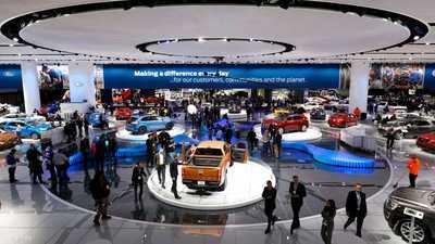 شركات سيارات عالمية تحث ترامب على إنهاء النزاع التجاري