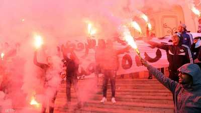 """بعد فشل """"المفاوضات"""".. إضراب عام ومسيرات في تونس"""