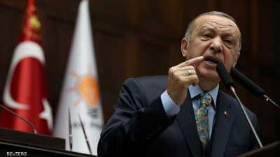 أردوغان ومرشحو حزب العدالة والتنمية للانتخابات المحلية.أرشيف
