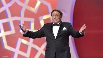 ارتبط اسم عادل إمام بخشبة المسرح منذ العام 1960