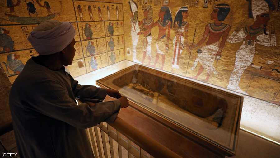 وبالنسبة لكثيرين، يمثل الملك توت فخر الحضارة المصرية، لأن مقبرته كانت مليئة بالثروات البراقة للأسرة الثامنة عشرة التي حكمت مصر في الفترة من 1569 إلى 1315 قبل الميلاد.